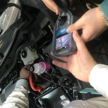 Articulating-Borescope-use-in-automotive