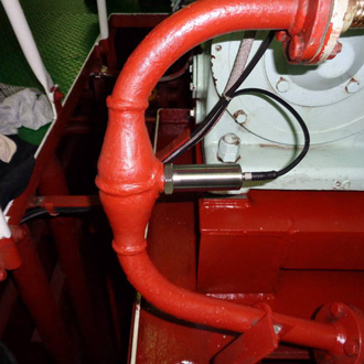 Oil-tank-online-oil-quality-monitoring