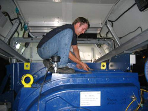 yateks-borescope-use-in-wind-turbine-generator-cabins