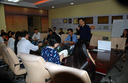 Company General Zheng delivered a speech
