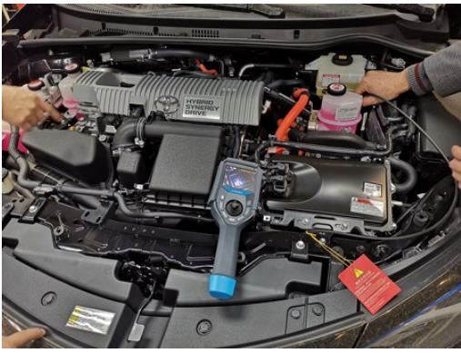 endoscope in car maintenance